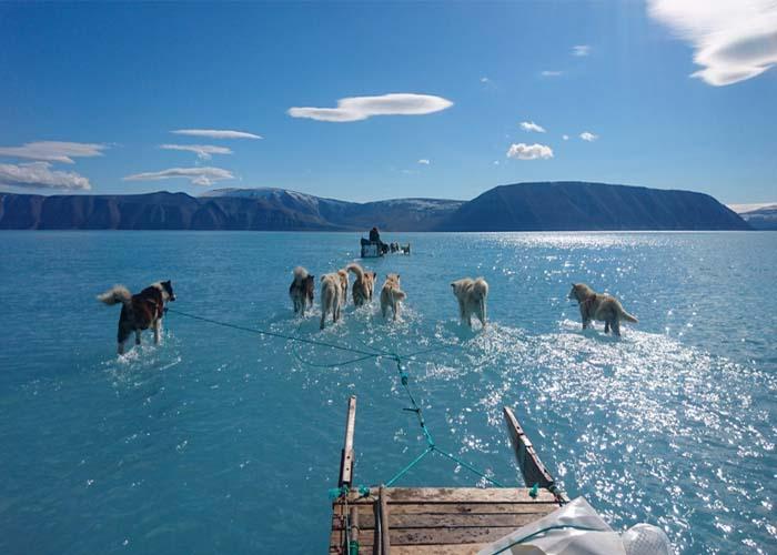 Olvadó jég Grönlandon