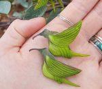 kolibri formájú virág