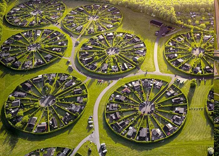 Kör alakú lakópark épült Dániában