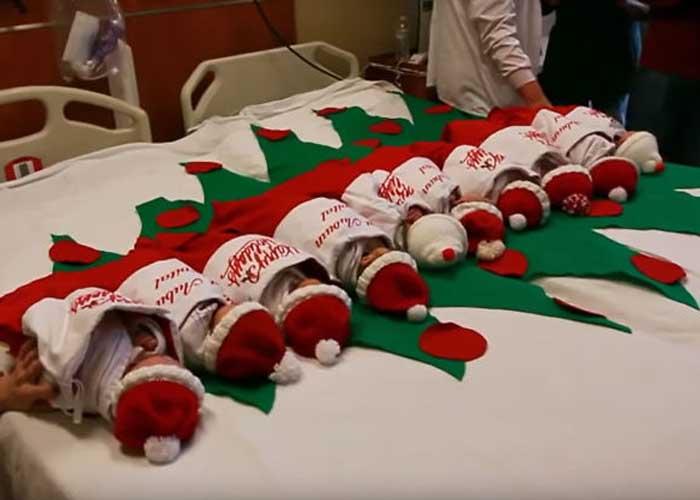 Mikulásruhába öltöztetik a csecsemőket egy texasi korházban