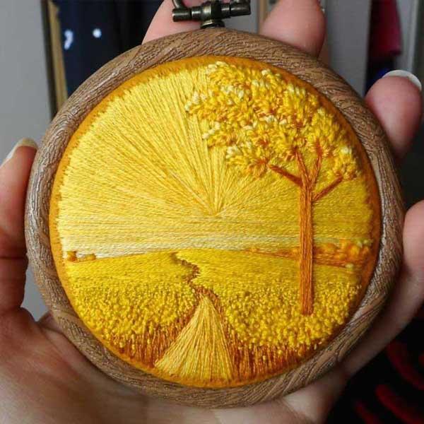 kreatív alkotás /hímzett tájképek